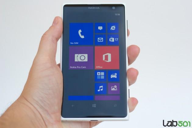 Nokia-Lumia-1020-12