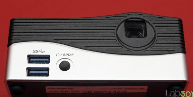 Projector-D-02